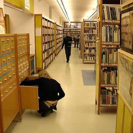 Knihovna Opatov