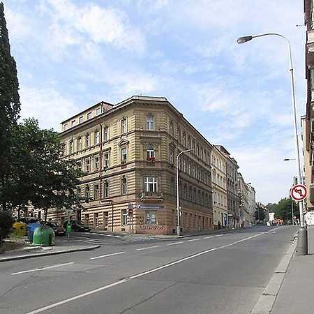 Knihovna Ostrovského