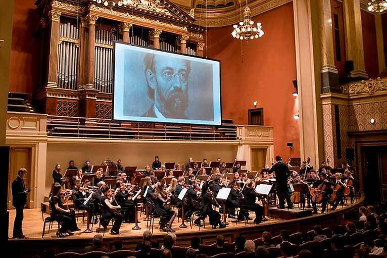 Steps to the New World: Smetana's The Moldau and Šárka