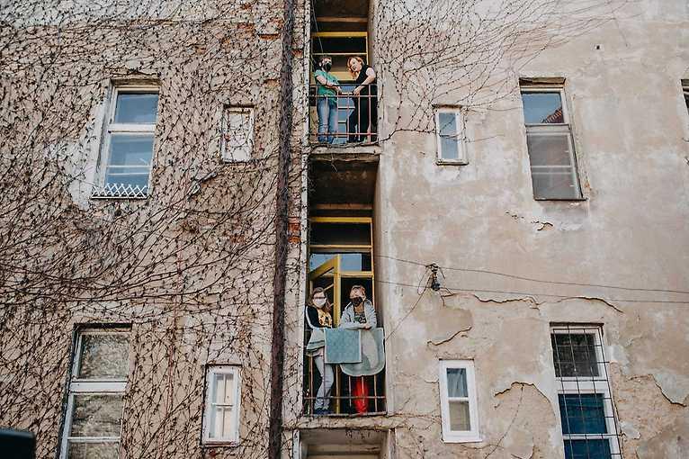 Hrajeme do oken ve Vrátkovské