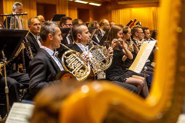 A nakonec…Mozart: Moravská filharmonie Olomouc & Jakub Klecker & další