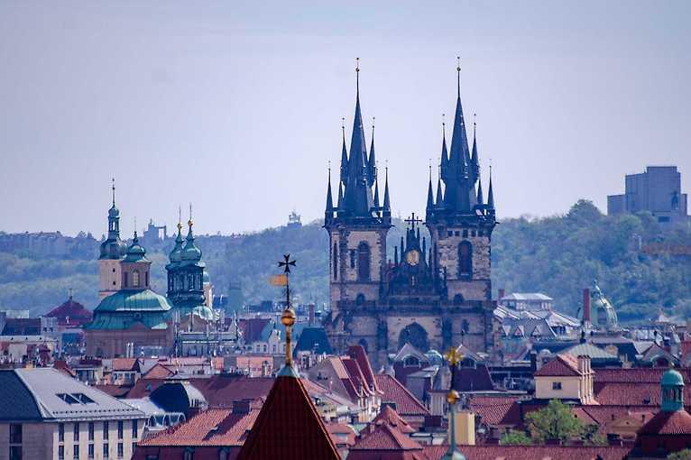 Tajemné průchody a legendy Starého Města