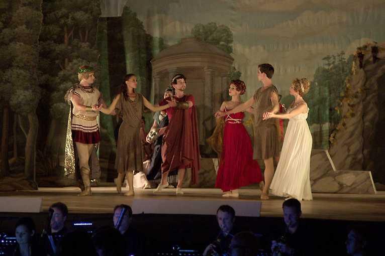 Prométheovi lidé aneb Moc hudby a tance (Die Geschöpfe des Prometheus, Op. 43)