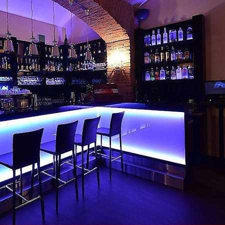 COCO Café Disco Bar