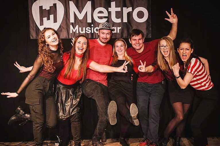 Metro Open Air: Kru Kru Voices