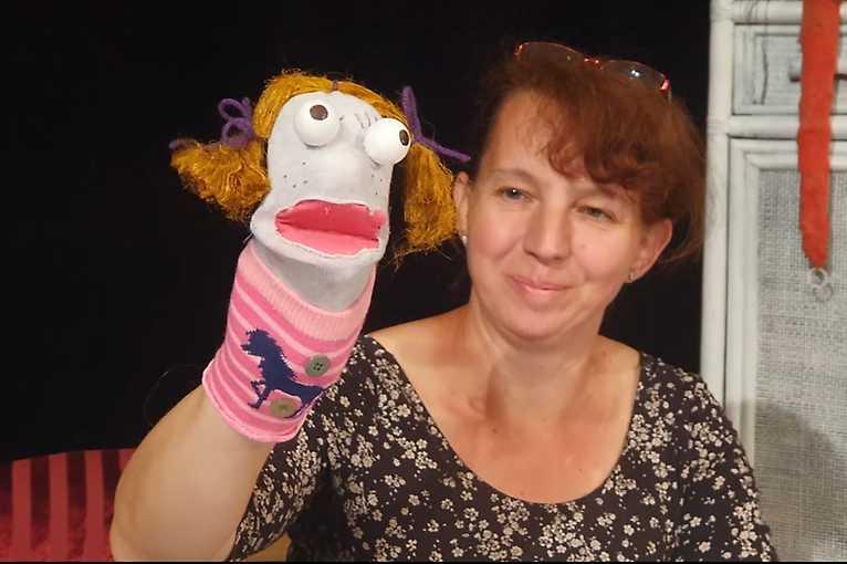 Tvorivý ateliér sKatkou: Ponožkové bábky