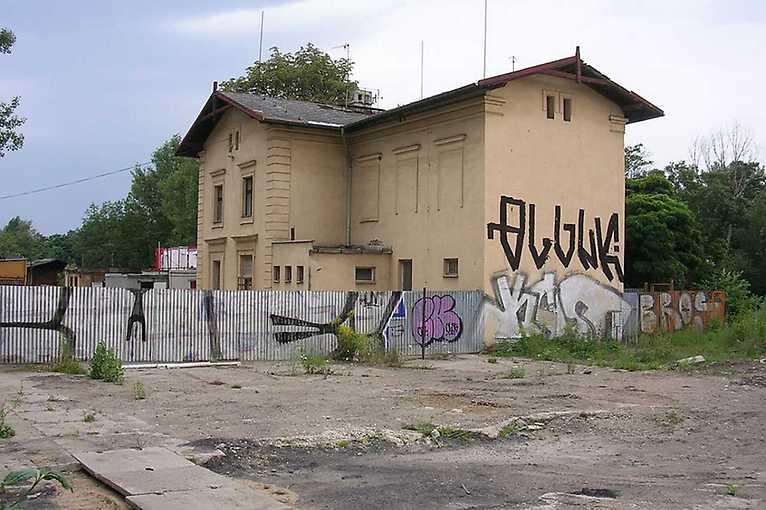 Libeň – prázdné domy a mizející čtvrť