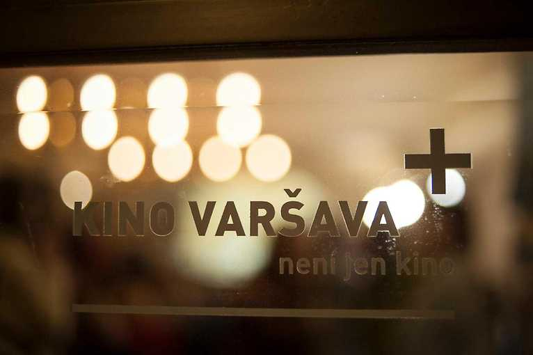 Komentovaná prohlídka kina Varšava
