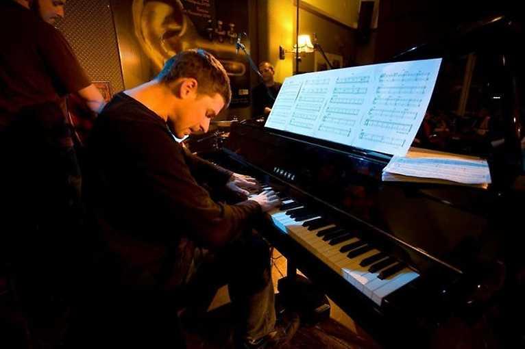 Klavírní abonentní řada