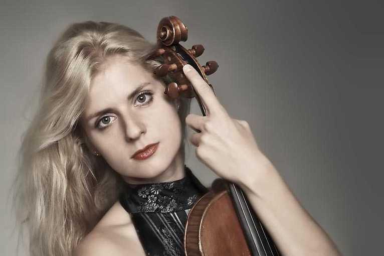 Filharmoniště s houslistkou Gabrielou Vermelho