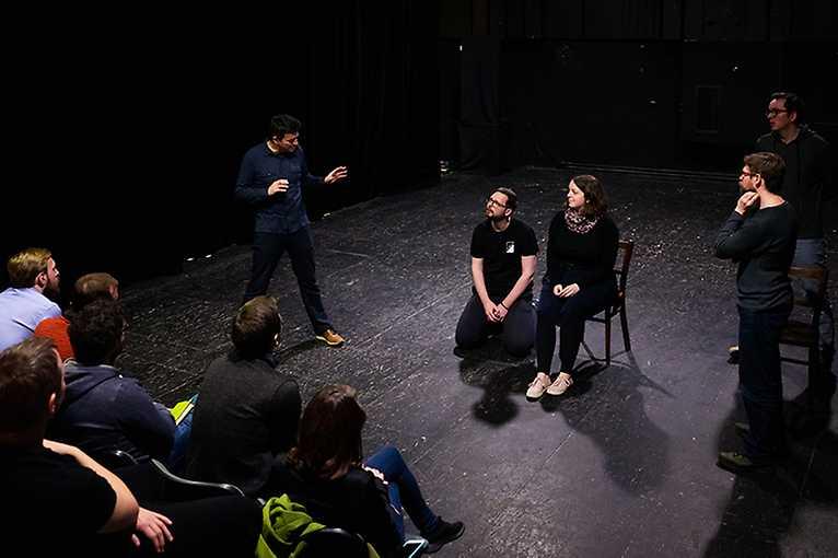 Matija Solce: Objekt a rytmus – Muzikálnost v divadle objektů
