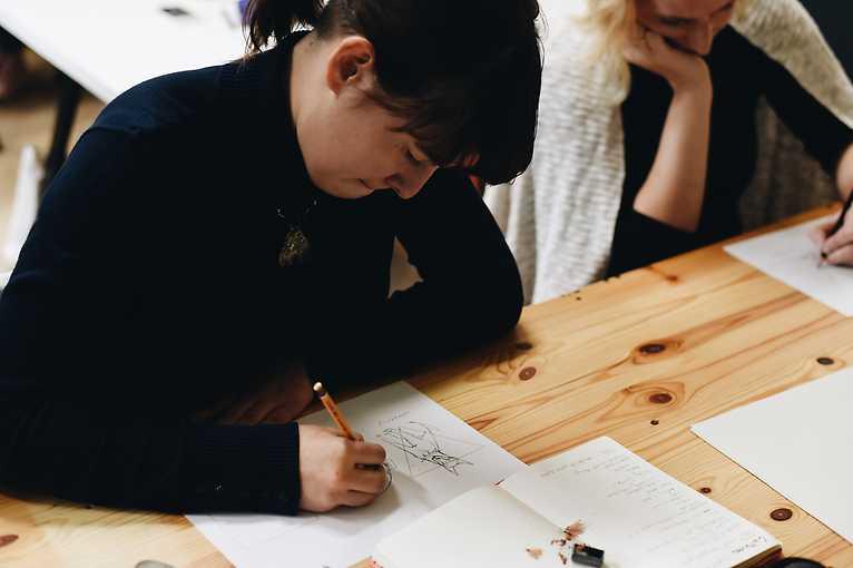 Tieten met haar: Workshop komiksového storytellingu