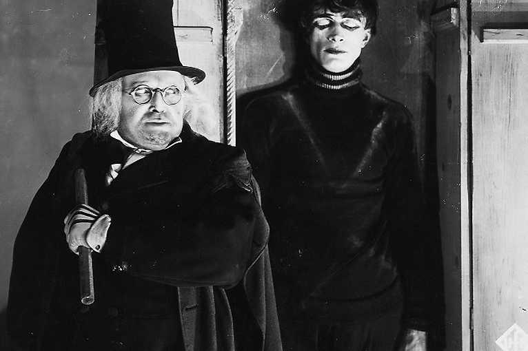 Panenka + Kabinet doktora Caligariho
