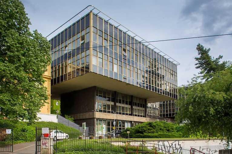 Za architekturou Karla Pragera