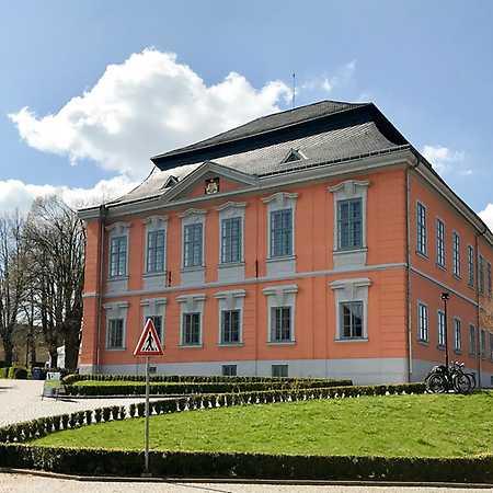 Knihovna Lomnice nad Popelkou
