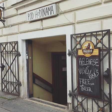 Bar Pod Hodinama
