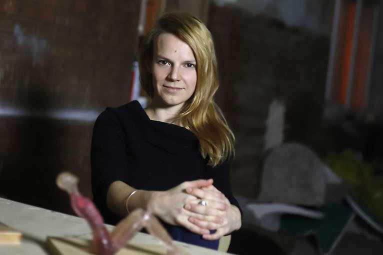 Miriam Kaminská: Člověk, červeň, zem
