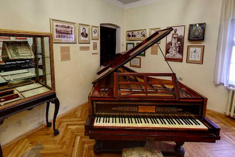 Virtuálna prehliadka Múzea Johanna Nepomuka Hummela