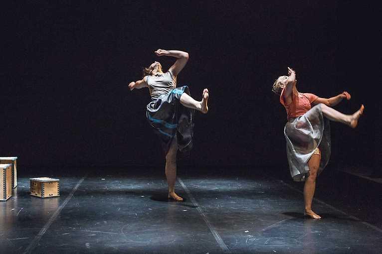 Tanec s Holektivem