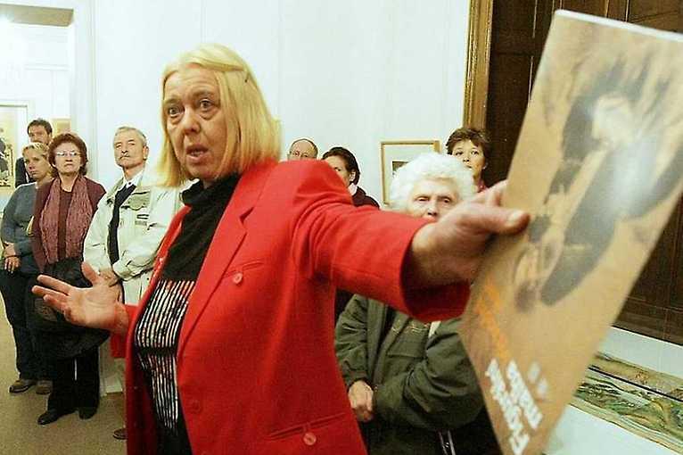 Průvodkyně mladých básníků: Helena Honcoopová
