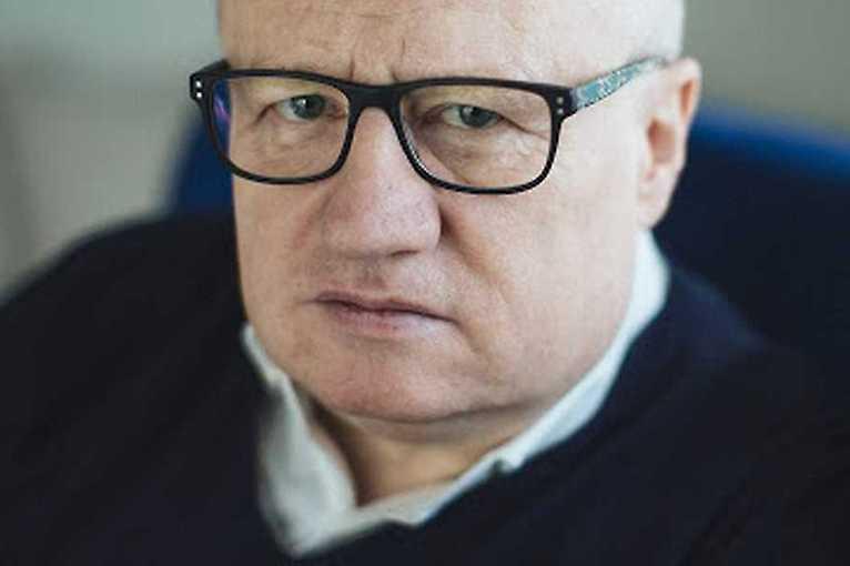 Spotkanie z Maciejem Siembiedą: Kukły