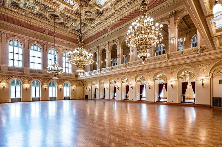 Ples taneční mistři online