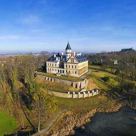 Státní zámek Raduň u Opavy