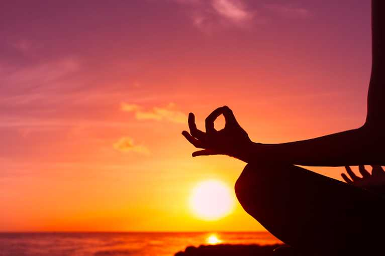 Ženská jemná jóga online