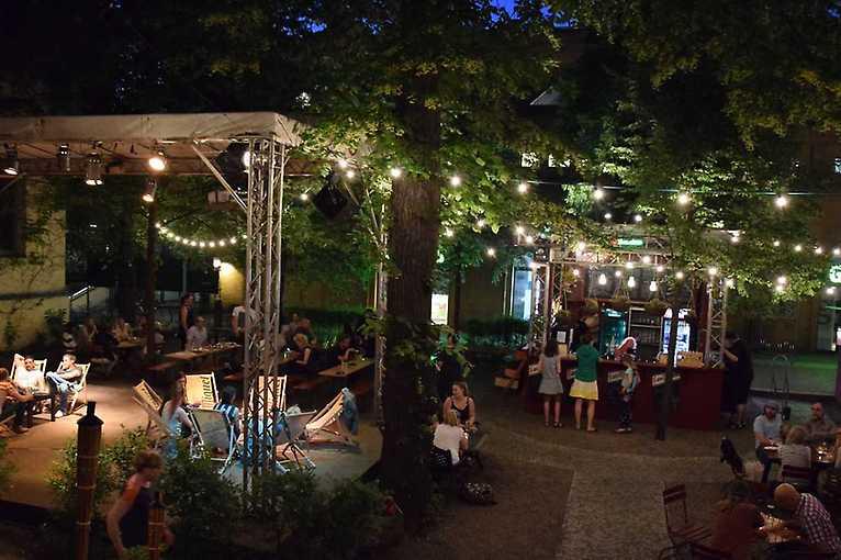 Biergarten Frannz Club