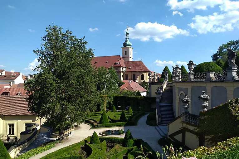 Vrtbovská a Valdštejnská zahrada