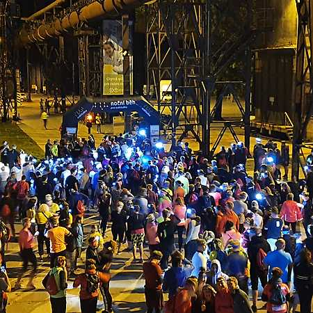 Noční běh pro Světlušku 2021 Plzeň