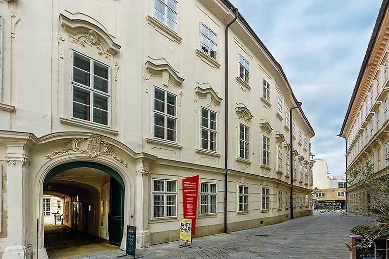 BMD 2021: Apponyiho palác