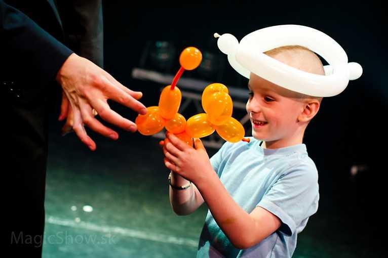 Staromestské hravé popoludnia: Kúzelnícka a balónová šou