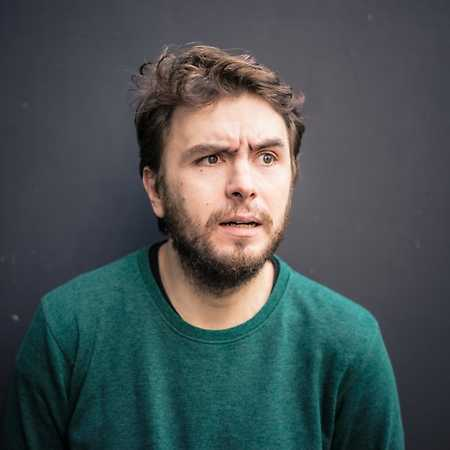 English Stand Up Comedy: Victor Pãtrãşcan