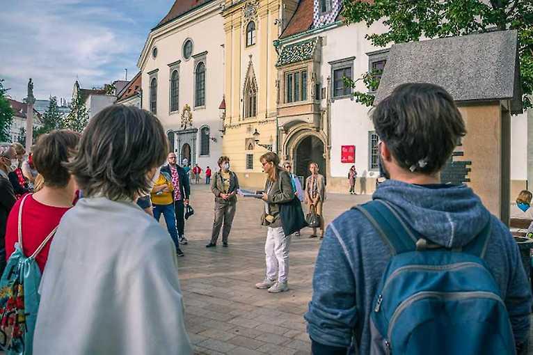 Rande smestom: Tekutá história Bratislavy