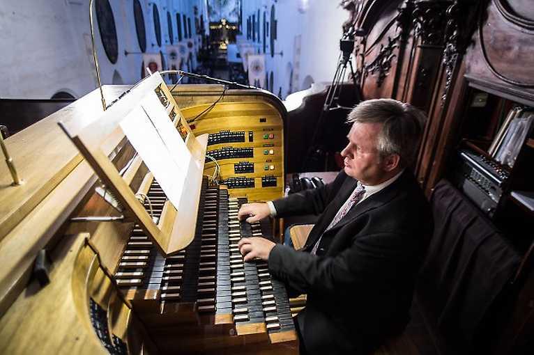Organ and Violine
