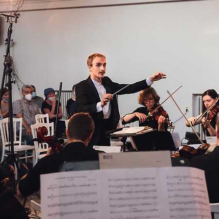 NeoKlasik orchestr