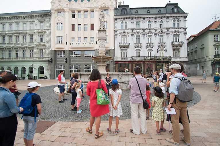 Rande s mestom: Bratislavské námestia