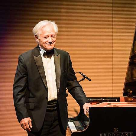 Chopin był z UW: Cykl recitali chopinowskich w Uniwersytecie Warszawskim