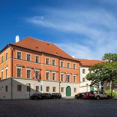 Trauttmannsdorfský palác
